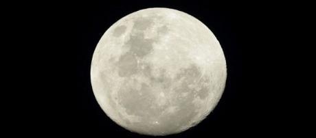 """Imagen de la Luna, donde tuvo lugar el """"suceso OVNI""""."""