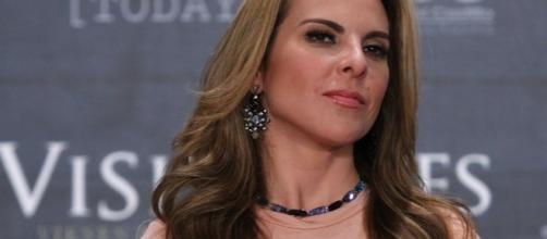 """El gobierno """"me quiere destrozar"""", denuncia Kate del Castillo ... - com.mx"""