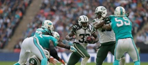 Jets Cross Atlantic and Cruise Past the Dolphins - The New York Times - nytimes.com