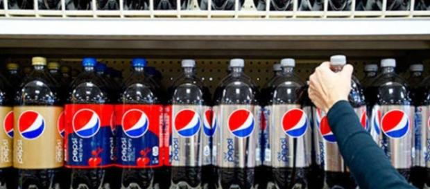 De acordo com informações, a Pepsi possui alto índice de substâncias consideradas cancerígenas.