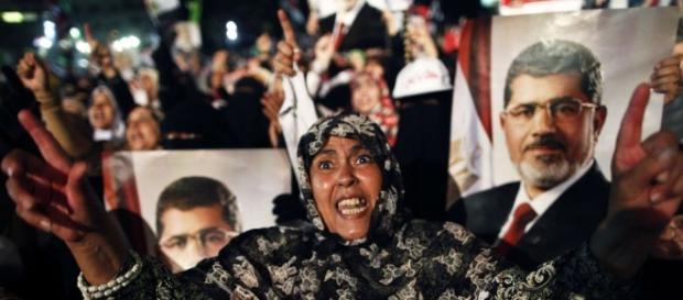 Egypt celebrates arrest of Muslim Brotherhood leader as army hunts ... - dailymail.co.uk