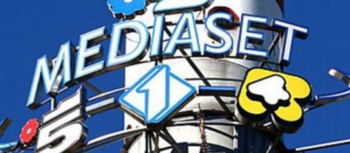 Il gruppo Mediaset è un gruppo di società di cui la holding è la Mediaset S.p.A., il principale operatore televisivo privato italiano