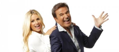 Michelle Hunziker e Christian De Sica presentano il programma Zelig Event 2016 su Canale 5
