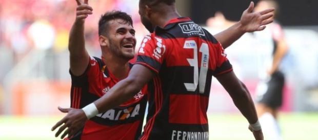 Atacante Fernandinho não ficará no Flamengo e retornará ao Grêmio