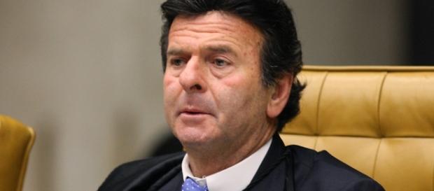 Ministro do STF, Luiz Fux, devolveu o projeto anticorrupção para a Câmara dos Deputados