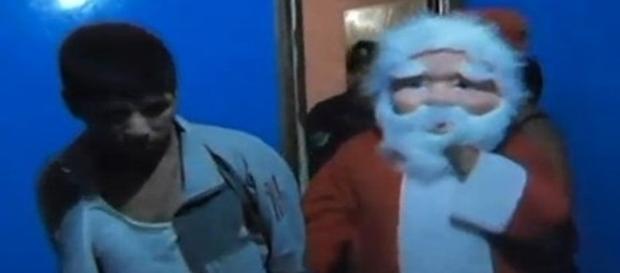 Na imagem o momento em que um dos traficantes é preso durante uma festa organizada por facção.