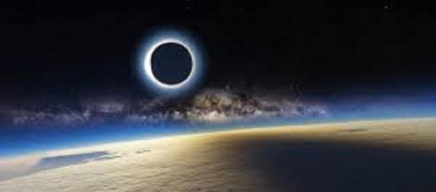 Notícia sobre 6 dias de escuridão na Terra causa alvoroço na web