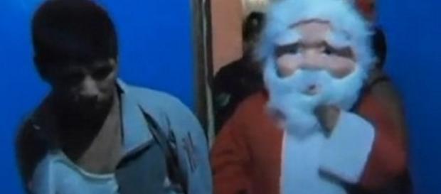 Papai Noel prende traficantes - Imagem/Google
