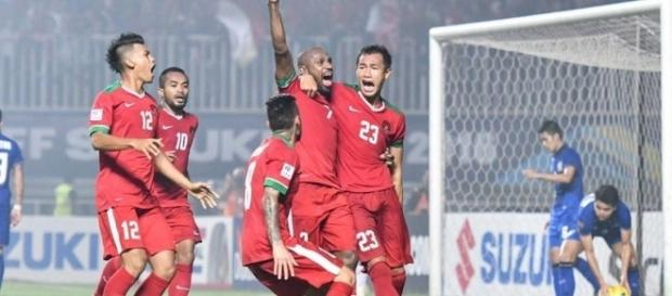 Team Garuda celebrate the first goal / fourfourtwo.com