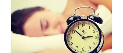 Dormire qualche ora in più accresce i guadagni - Khoobsurati.com