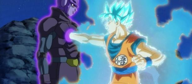 Goku luchando contra Hit en el capítulo 72 de Dragon Ball Super