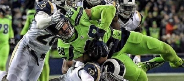 Seahawks atropelou os Rams e garantiu vaga na pós-temporada da NFL (Foto: Kirby Lee/USAT)