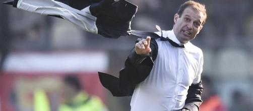 Juventus Lollo sfiora il 3-3 al 93', Allegri perde testa e giacca ... - eurosport.com