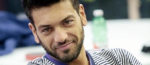 Uomini e donne: Alessandro, ex del Grande Fratello, è un corteggiatore di Sonia.