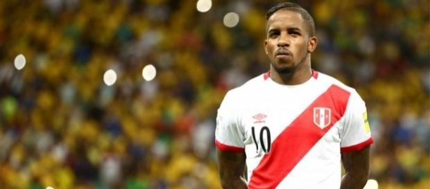 Atacante Farfán está perto de ser anunciado pela equipe do Corinthians.