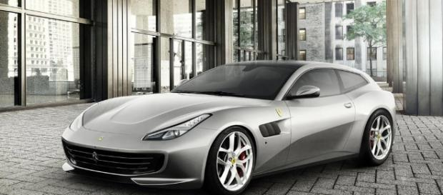 It's a V8, mate: new Ferrari GTC4 Lusso T unveiled by CAR Magazine - carmagazine.co.uk