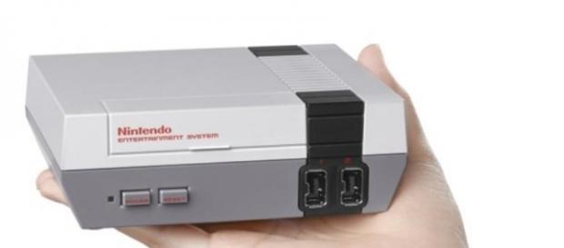 """NES Classic Edition, versão mini do antigo """"nintendinho"""", supera expectativas de venda"""
