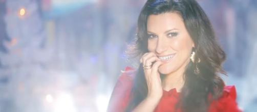 House Party terza puntata con Laura Pausini