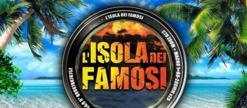 """Isola dei Famosi, uno dei naufraghi confessa: """"Sniffavo cocaina ... - sologossip.it"""