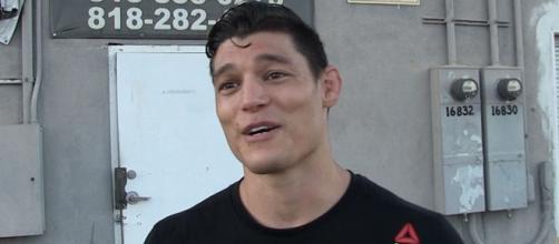UFC's Alan Jouban Made Out with Gigi Hadid And His Wife Was Cool ... - tmz.com