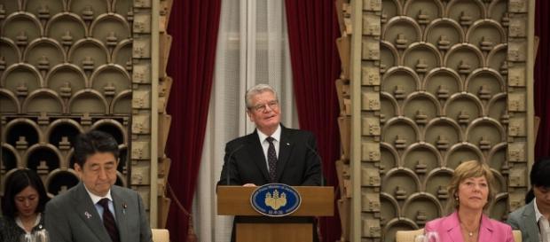 Der Bundespräsident in Japan. (Fotoverantw./URG Suisse: Blasting.News Archiv)