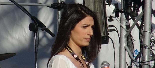 Il Movimento Cinque Stelle aiutò alla candidata Virginia Raggi a conquistare la guida del Comune di Roma