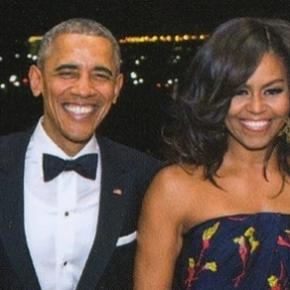 The Obama Family Sends Out Its Last Christmas Card From White House