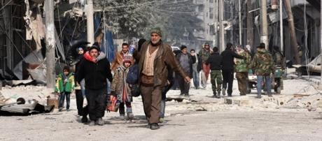 Pelo menos 500 pessoas foram resgatadas de Aleppo