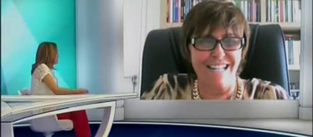 Márcia Fernandes na TV Tarobá com a apresentadora Olga Bongiovanni ... - youtube.com