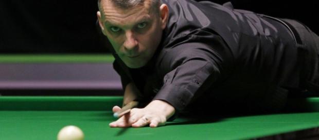 Mark Davis edges out Liang to secure O'Sullivan quarter-final ... - eurosport.com