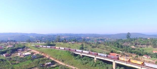 Ponte férrea onde aconteceu o acidente é usada para rapel e treinamento do Corpo de Bombeiros