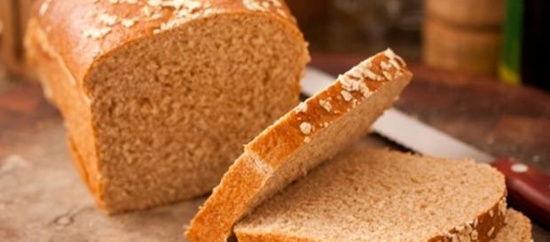 Receita rápida e simples de pão de aveia e mel