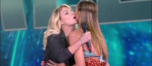 Emma e Belen: scoppia la pace | WittyTV - Part 487815 - wittytv.it