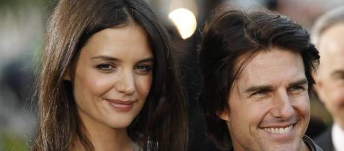 F5 - Fotografia - Celebridades - Tom Cruise e Katie Holmes - 01/12 ... - com.br