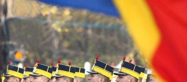 1 Decembrie, Ziua Naţională a României. Programul paradei militare ... - libertatea.ro