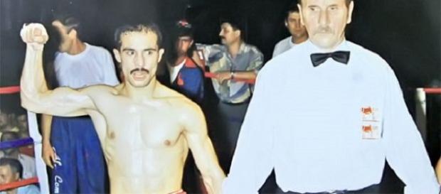 Fost campion mondial la box, reţinut pentru furt