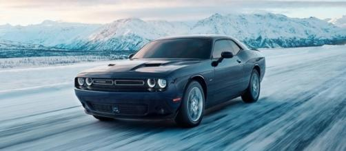 Video] 2017 Dodge Challenger GT shows its AWD prowess in the snow - inautonews.com