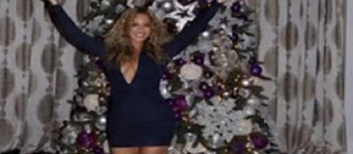 "Youtube user theVoice4Appl ""Beyonce Christmas Showing Off House Decorations"""