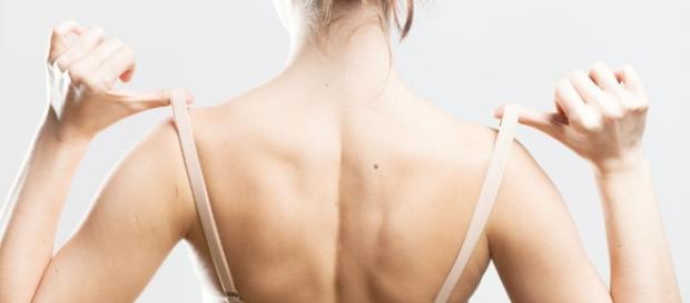 A lingerie errada faz parte dos erros que toda mulher precisa conhecer e evitar
