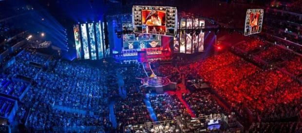 League of Legends atrai milhões de usuários e público.