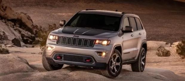 O Jeep Cherokee, que também é vendido no Brasil, é o líder de vendas entre os utilitários esportivos