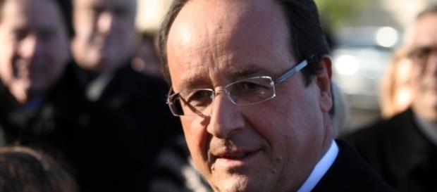 Presidente francês François Hollande manifestou solidariedade à Alemanha após atentado