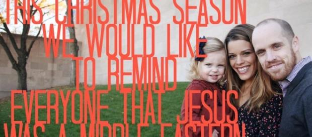 Whitney Roberts Logan's Christmas card goes viral - Photo: Facebook/hitney Roberts Logan