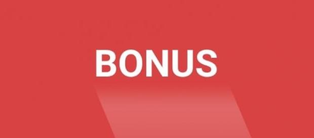 Write everyday about Christmas and earn a fixed bonus on top of the standard compensation