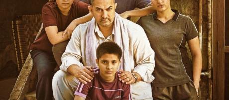 lead cast from 'Dangal' movie (Image credits:twitter/taran_adarsh)