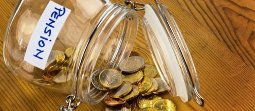 Calcolo della pensione con il sistema contributivo per opzione donna e prestito bancario per l'APE