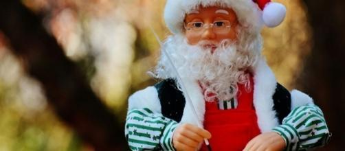 Auguri Di Natale Frasi Originali Da Condividere Su Facebook
