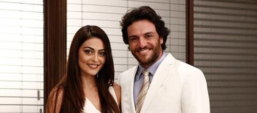 Julia Paes e Rodrigo Lombardi em foto da novela 'O Astro'. Eles viverão par romântico novamente (foto: Rede Globo/divulgação)