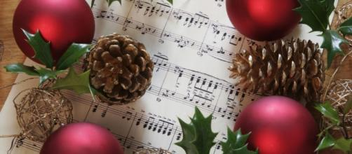 What Your Favorite Christmas Song Says About You - Clever ... - countryliving.com