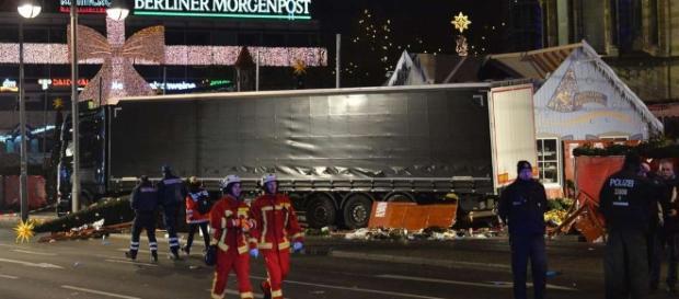 Anschlag auf Weihnachtsmarkt in Berlin am Breitscheidplatz ... - tz.de